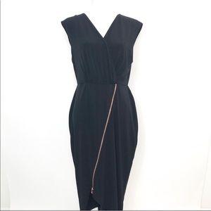 Rachel Roy Sleeveless V neckline dress